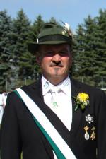 1. Königsoffizier Frank Carrie